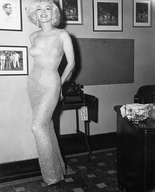 the-personal-property-of-marilyn-monroe-the-happy-birthday-mr-president-dress-4 (1)